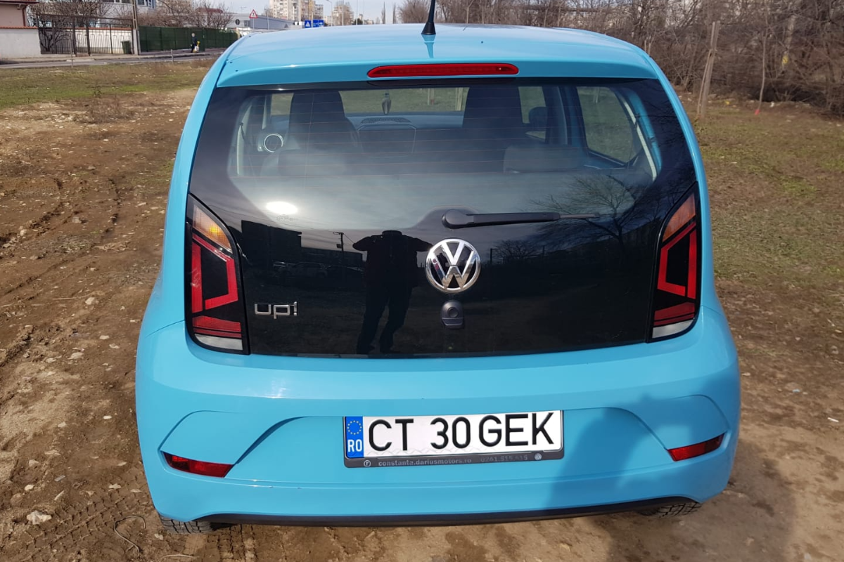 Imagine Inchiriaza auto VW up! 2017 4