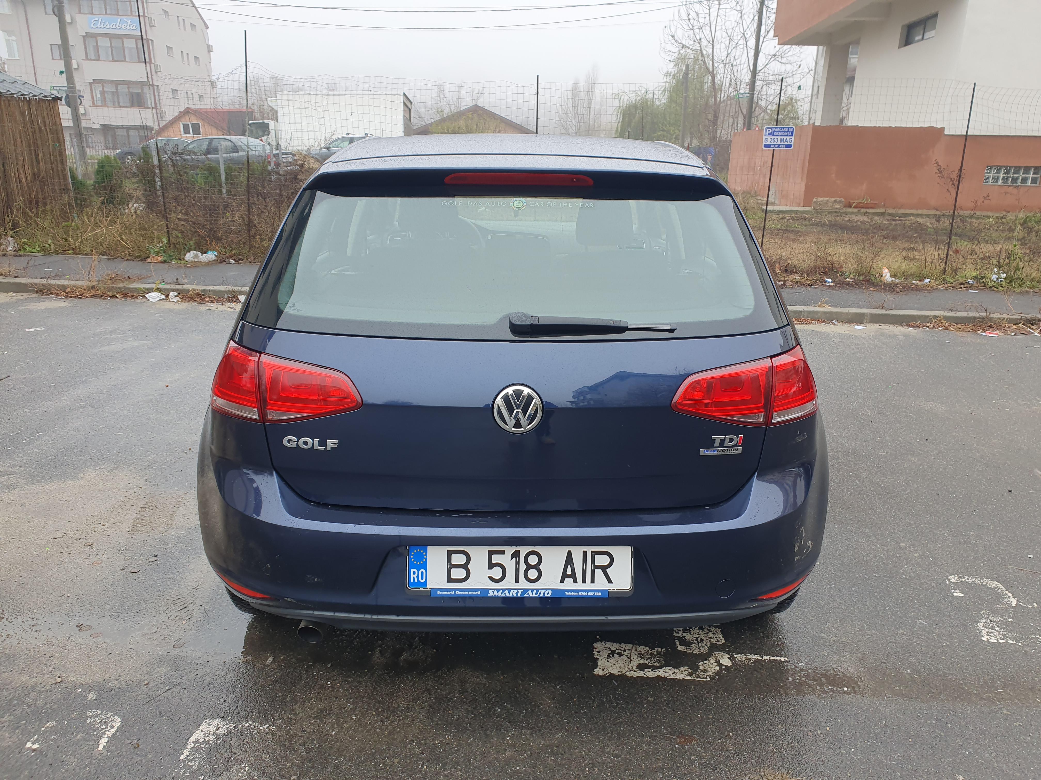 Imagine Inchiriaza auto VW Golf 2013 4