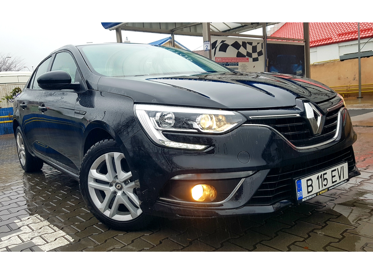 Imagine Inchiriaza auto RENAULT Megane 2019 1