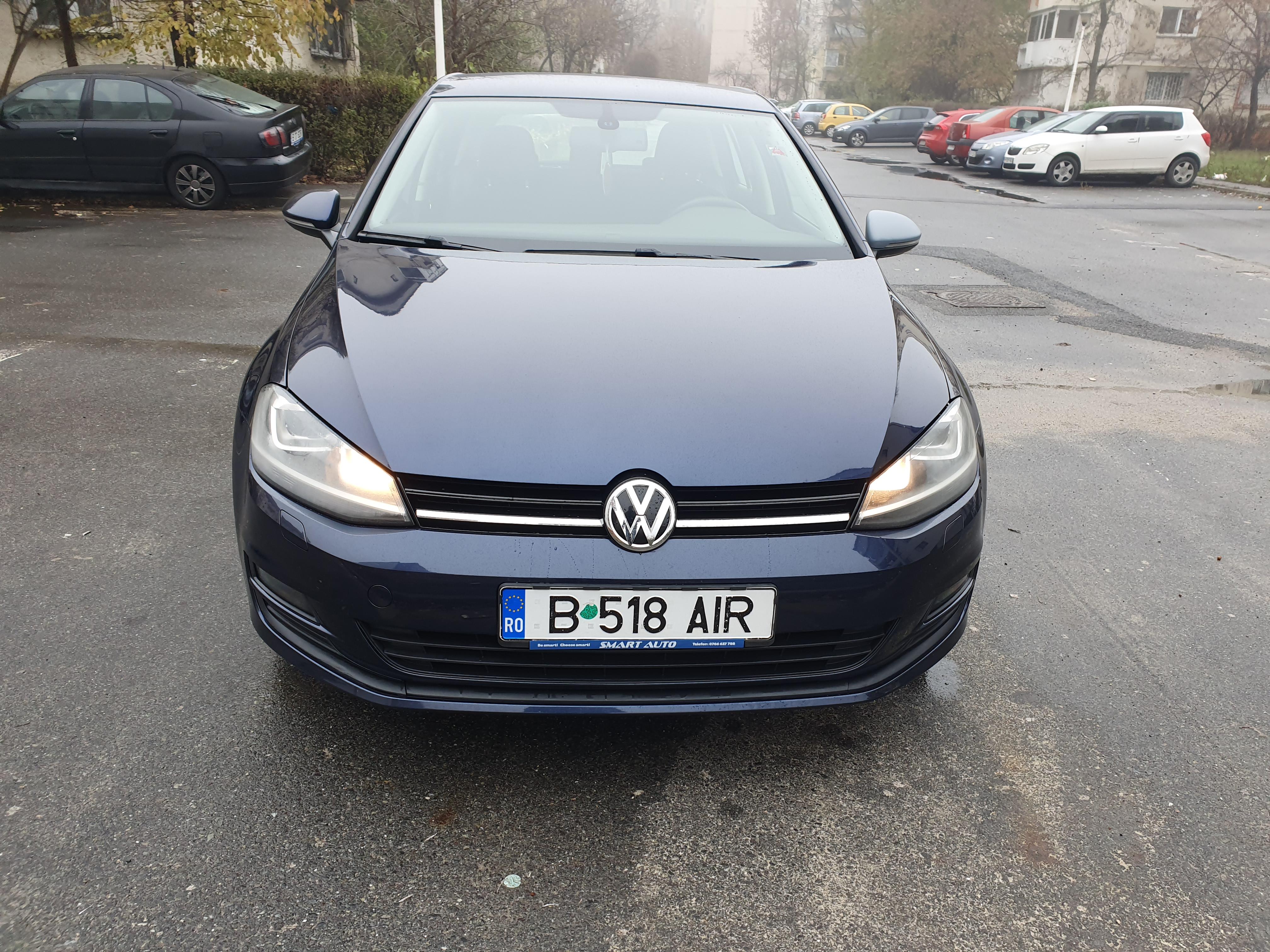 Imagine Inchiriaza auto VW Golf 2013 1