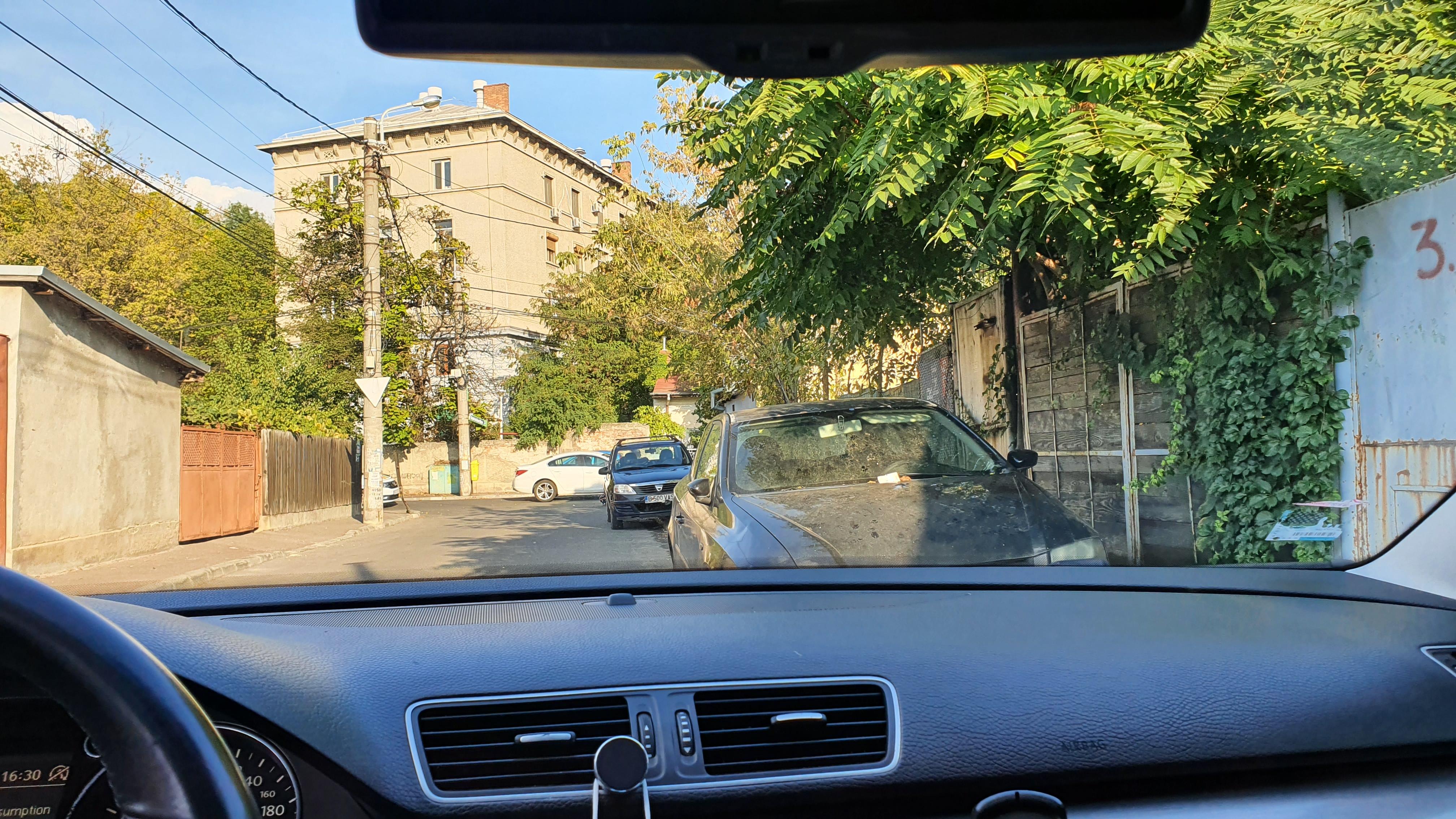 Imagine Inchiriaza auto VW Passat 2012 5