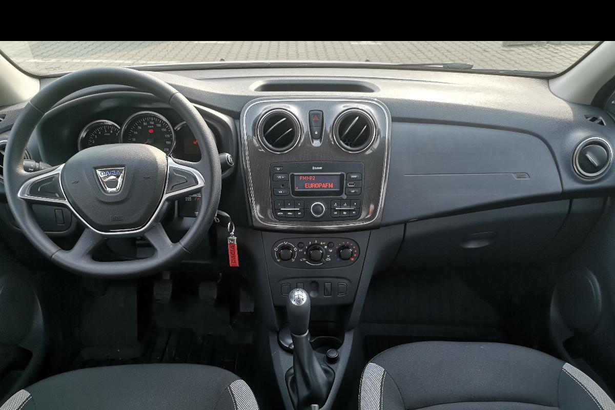Imagine Inchiriaza auto DACIA Sandero 2019 5
